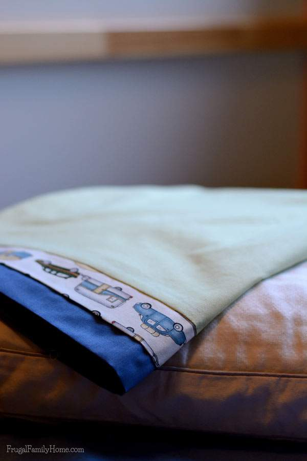 Easy to make pillowcase | Frugal Family Home