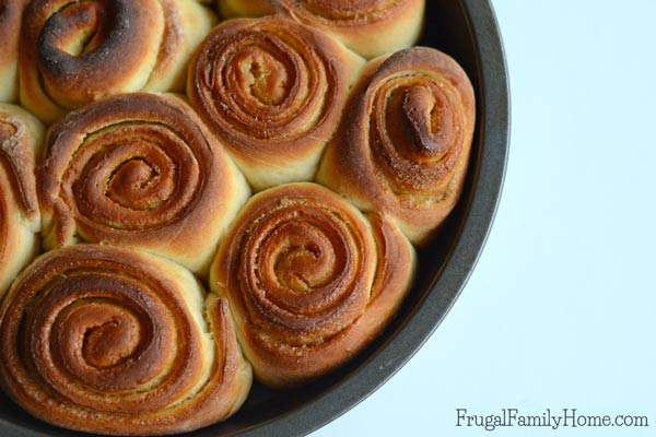 I love cinnamon rolls but many recipes take hours to make. But this recipe can be done in a little over an hour and the rolls turn out so good. Plus there's a step by step video of the recipe. Which is super helpful if you haven't made cinnamon rolls from scratch before.